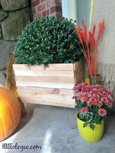 Perfect weekend project - make this copper and wood planter for holding mums and other potted plants