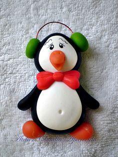 Imã ou Aplique Pinguim com Gravata