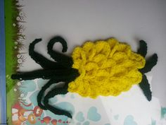 My crocheted crocodile stitch pineapple