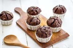Here is the yummy recipe of a Chocolate Chip Cupcakes in a step by step process. Enjoy the delicious taste by preparing at home. Baking Cupcakes, Cupcake Recipes, Cupcake Cakes, Chocolate Chip Cupcakes, Mini Chocolate Chips, Baking Basics, Caramel Cookies, Indian Desserts, Mini Muffins