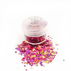 Dust and Dance Ringmaster Red Gold Chunky Festival Face Glitter Pot - #glittergoals #festivalinspo #glitterface #makeup #makeupgoals #unicorn #mermaid #christmas #christmasglitter #festive #festivemakeup #festiveglitter #festivebeauty #chriatmasbeauty #stockingfiller #sassy #festivalfashion #festivalglitter #mua #cosmetics #beauty #beautyblog #beautyblogger #dustanddance