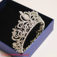 Jewelry OFF! bride crown tiara wedding hair accessories white crystal circle full tiara for brides hair jewelry Cute Jewelry, Hair Jewelry, Bridal Jewelry, Jewelry Sets, Bridal Crown, Bridal Tiara, Bridal Headdress, Wedding Tiaras, Wedding Veils