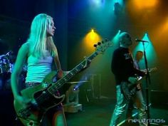 Smashing Pumpkins : Bullet with butterfly wings - Live at Nulle Part Ailleurs, Canal + TV, France. Le 11-12-1995