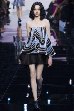 Armani Privé Spring 2016 Couture Collection Photos - Vogue