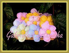 ♥♥ flores ♥♥ by Gabriola Costurinha, via Flickr