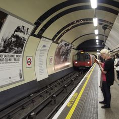 London Tube, loving and hating it. Handy, when operating (on saturday the northern line wasn't!) but the air was dirty!!
