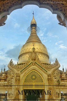 Here are the 10 best things to do in Yangon, Mandalay for FREE! Plus, a quick travle guide to one of Burma's gateways to the rest of the country. Myanmar Travel, Asia Travel, Time Travel, Animal Experiences, Inle Lake, Travel Guide, Budget Travel, Yangon, Worldwide Travel