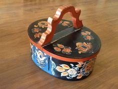 Norwegian handmade box. Hand painted Rosemaled. Bentwood is hand sewn.  See Cyndi's Folk Art on Esty