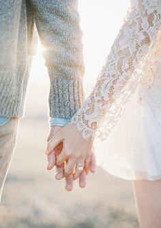 人間は判断力の欠如によって結婚し、忍耐力の欠如によって離婚し、記憶力の欠如によって再婚する。 アルマン・サラクルー