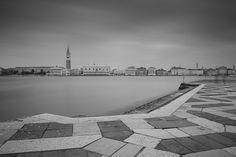 Eternamente Venessia - Dall'Isola di San Giorgio, guardando piazza San Marco, Haida 1000x per una lunga esposizione sfruttando le nuvole basse. il progetto completo: https://www.behance.net/gallery/50080991/Eternamente-Venessia