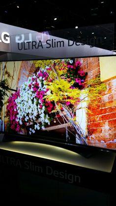 LG curved panel UHDTV