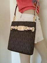 MK Michael Kors Hamilton Large Crossbody Brown PVC for sale online Mk Handbags, Handbags Michael Kors, Michael Kors Bag, Michael Kors Watch, Michael Kors Stores, Cheap Michael Kors, Michael Kors Hamilton, Night Club Outfits, Outfits For Teens