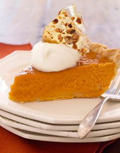 Pumpkin Pie with Pecan Brittle - yum!  I've never thought to include pecan brittle, but it would be such a crunchy delight!