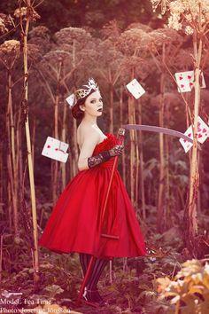 Queen of Hearts... Swedish Beauty... Tea Time (Insanitea) photo Josefine Jonsson