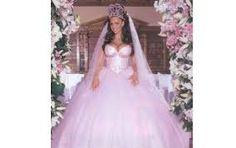 """Résultat de recherche d'images pour """"photo des plus belle robes et les plus cheres"""""""