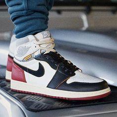 b9a7eefffbb1  unionlosangeles x Air Jordan 1 👀 Voir story du jour pour les détails 📸