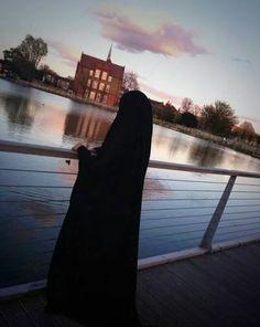 the Beauty of the Modesty Arab Girls Hijab, Muslim Girls, Muslim Couples, Hijabi Girl, Girl Hijab, Hijab Niqab, Hijab Outfit, Muslim Fashion, Hijab Fashion