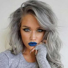 I've pinned this before, but her eyes with that hair and lipstick is so pretty!
