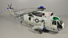 1/48 Hasegawa SH-3D Sea King by Ermanno Bonafin