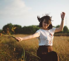 Hacking Into Your Happy Chemicals: Dopamine, Serotonin, Endorphins, & Oxytocin [Good summary! Myers Briggs Personalities, Myers Briggs Personality Types, Extroverted Introvert, Infp, Louise Hay, Yoga Meditation, Meditation Quotes, Amil Dental, Positiv Quotes