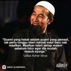 Mari kenali ulama ulama adalah pewaris Nabi. Sebarkan kebaikan.   Gambar yang indah dari Hamba Allah Semoga Allah memberkati dirinya kerana membuatkan masyarakat mengenal para-para 'Ulama.  اللهم صل على سيدنا محمد و على آل سيدنا محمد  #muhasabahbersama #pesanandiriku #abbasyislamicdesign #dakwahislamic #prayforallmuslim #ig_islamic #malaysia  A B B A S Y  I S L A M I C