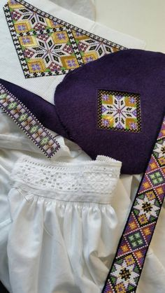 Made by Inger Johanne Wilde Folk Costume, Costumes, Sampler Quilts, My Heritage, Mittens, All Things, Bee, Norway, Womens Fashion