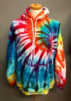 Tie-dye Hoodie Hippie Hoodie Men's Clothing Men's by Hippie Party, Tie Dye Shirts, Tie Dye Hoodie, Tie Dye Outfits, Cute Outfits, How To Tie Dye, How To Wear, Mundo Hippie, Tie Dye Patterns
