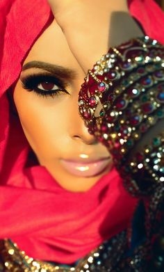 Arabic Eye Makeup in this step by step guide you will learn how to do the ultimate Arabic smokey Eye Makeup and Arabic Eye Makeup tutorial for brown eyes ..   #ArabicEyeMakeupLook #ArabicMakeup #EyeMakeupTips
