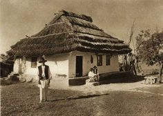 """1933 appeared in Leipzig the photo album """"Romania"""" with the signature of the photographer Romania People, Architecture Old, Fairy Houses, Traditional House, Old Photos, Vintage Photos, Countryside, Gazebo, Bali"""