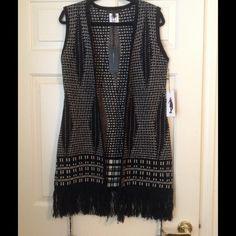 *NWT* Chic BCBG Sweater Vest (M) *NWT* BCBG Black/Beige Sweater Vest. Size medium. Brand new with tags. BCBGMaxAzria Tops