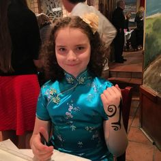 Pretty girl getting her #temporarytattoo at a bat mitzvah in NYC!