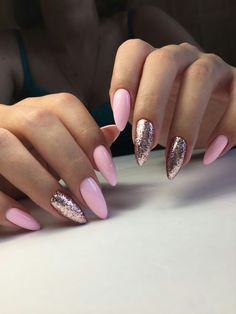 Stiletto summer nails by Mamura Nails, pink nails