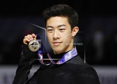 Nathan Chen poses after winning the men's skate event at the U. Figure Skating Championships in San Jose, Calif. Vincent Zhou, Figure Skating Olympics, Adam Rippon, Nathan Chen, Skate Man, Go Usa, 2018 Winter Olympics, Hanyu Yuzuru, Olympic Games