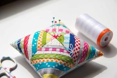 V and Co.: V and Co: How to make a little string block pincushion