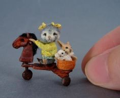 Miniature Mouse Sculptures by Aleah Klay - way too cute not to look at over & over again