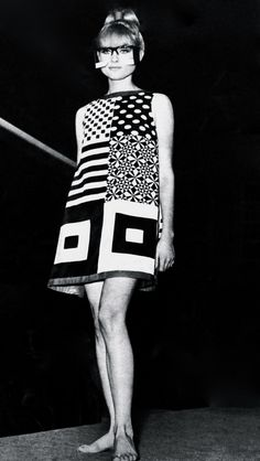 Fashion outfits retro 27 ideas for 2019 - Dresses for Women Sixties Fashion, Mod Fashion, Trendy Fashion, Fashion Art, Vintage Fashion, Fashion Looks, Fashion Design, Fashion Trends, Fashion Ideas