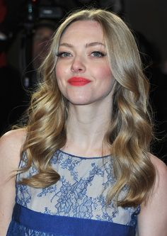 Amanda Seyfried wears a lace Elie Saab gown at the 'Lovelace' premiere at the Berlin Film Festival