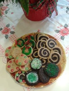 For both layers separately, cream butter and sugar together, add eggs and vanilla and mix well. Mix all dry ingredients together and add to wet ingredients. Mix together well and form into ball. ... #HolidayCookies