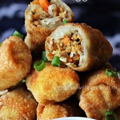 How to make Crispy Homemade Egg Rolls! This egg roll recipe is easy and delicious filled with pork & veggies! Air Fryer Recipes Egg Rolls, Egg Roll Recipes, Rolls Recipe, Other Recipes, Potato Recipes, Seafood Recipes, Appetizer Recipes, Cooking Recipes, Appetizers