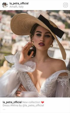 Ukrainian girls are the most beautiful in the world. You dream about one? Your girlfriend is Ukrainian? Read how to build a happy family with her! How to win a heart of Ukrainian girl? How to choose your sexy Ukraine Looking for your Ukraine girl? Ukraine Girls, Bridal Makeup Looks, Glamour, Vintage Mode, Models, Girl With Hat, Hats For Women, Divas, Beautiful Dresses