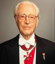 Erwin Olaf, Luxembourg, Bavaria, Munich, Windsor, Duke, Royals, Portrait, Pictures
