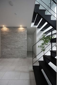 hall of simple modern Entrance hall of simple modern Entrance hall of simple modern Modern Entrance, House Entrance, Entrance Hall, Japanese Interior, Japanese House, Modern House Design, Interior And Exterior, Designer, Architecture Design