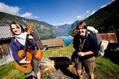 #TOURS   #SWD  #GREEN2STAY Fjord Tours  This award-winning tour is waiting for you. #NorwayInANutshell Photo: Paal Audestad