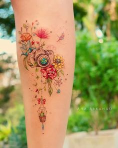 Uploaded by Naty. Find images and videos about tattoo, inked and tattooed on We Heart It - the app to get lost in what you love. Feminine Tattoos, Girly Tattoos, Pretty Tattoos, Mini Tattoos, Cute Tattoos, Beautiful Tattoos, Body Art Tattoos, Sleeve Tattoos, Kamera Tattoos
