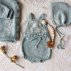 Knitted Baby Jumpsuit Models - Merry Ornament Home - Free Birthday S . Knitted Baby Jumpsuit Models - Merry Ornament Home - Free Birthday S . , Knitted Baby Rompers Models - Merry Ornament Home - Free Birthday Decorations. Baby Knitting Patterns, Knitting For Kids, Free Knitting, Beginner Knitting, Baby Jumpsuit, Baby Dress, Baby Overall, Knitted Baby Clothes, Knitted Romper
