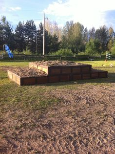 For the 3 tier, we used the old garage doors and reinforced with Cross Country Jumps, Horse Arena, Country Fences, Horse Exercises, Horse Games, Horse World, Horse Stalls, Obstacle Course, Trail Riding
