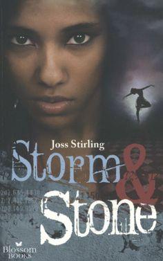 Storm en Stone | Storm & Stone speelt zich af achter de muren van een exclusieve kostschool, maar het gaat er niet bepaald netjes aan toe. Schandalen, corruptie en samenzwering.