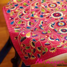 Pojagi Korean embroidery on a wrapping cloth. 달숲의 실로 짓는 이야기 : 네이버 블로그