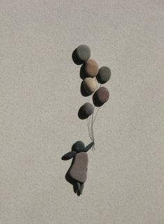 Pebble Art by Sharon Nowlan painting media Pebble Pictures, Stone Pictures, Nature Pictures, Stone Crafts, Rock Crafts, Art Crafts, Caillou Roche, Art Rupestre, Art Pierre