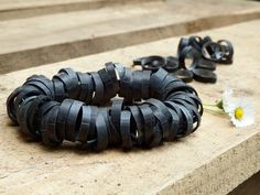 Armband aus Fahrradschlauch / Wristband made from inner bicycle tube / Upcycling